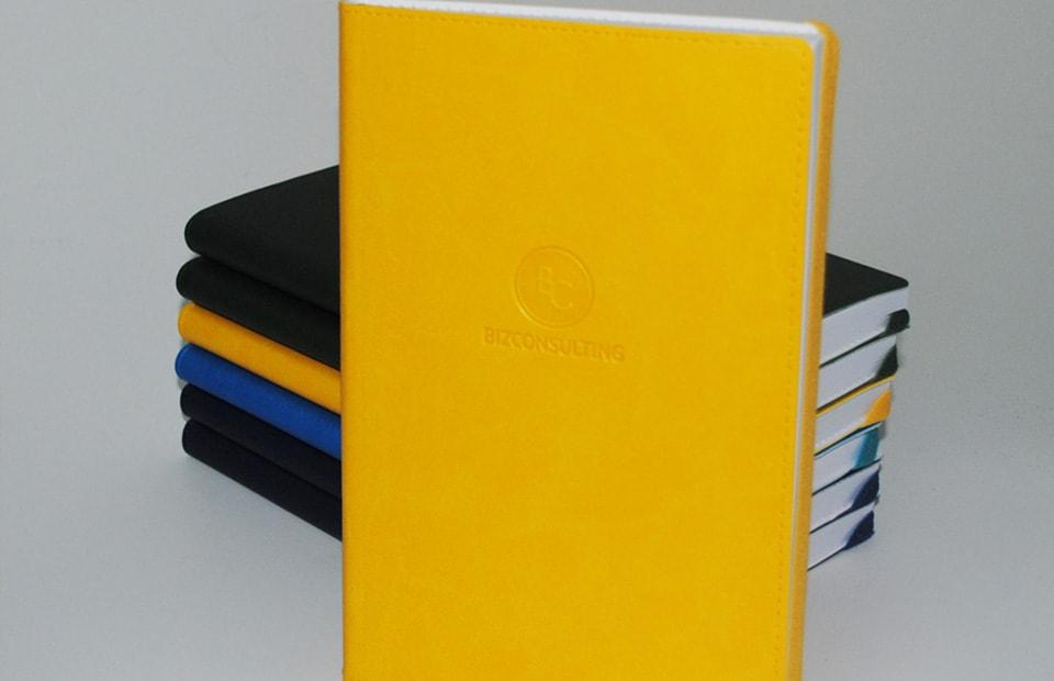слепое тиснение на дневниках